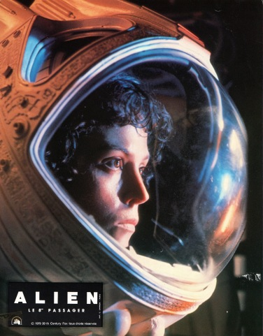 alien-france-01