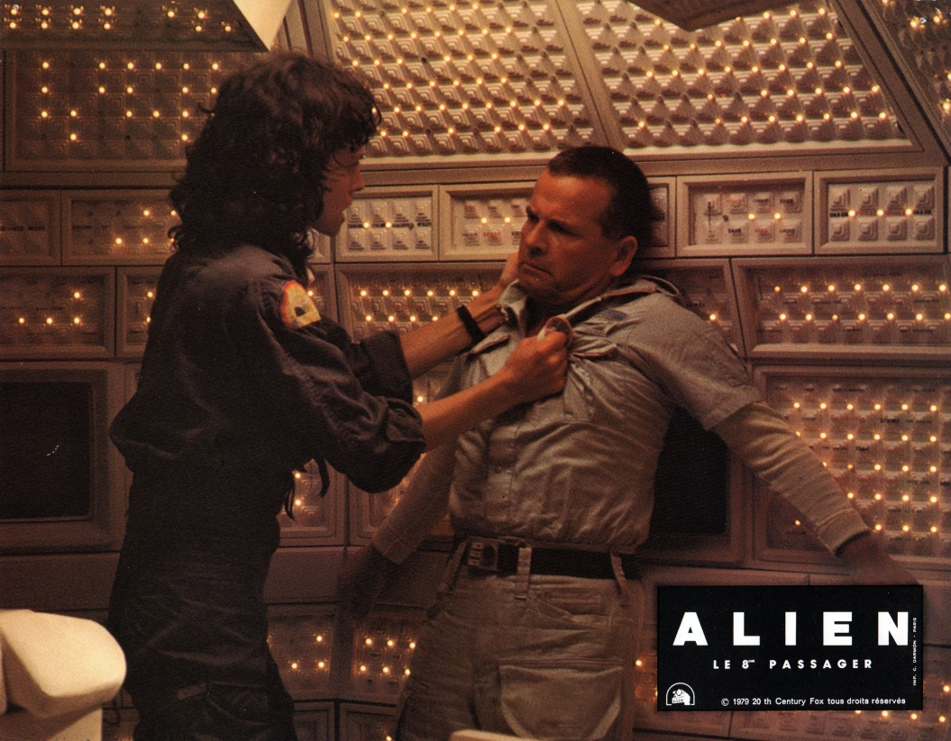 alien-france-04