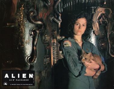 alien-france-09