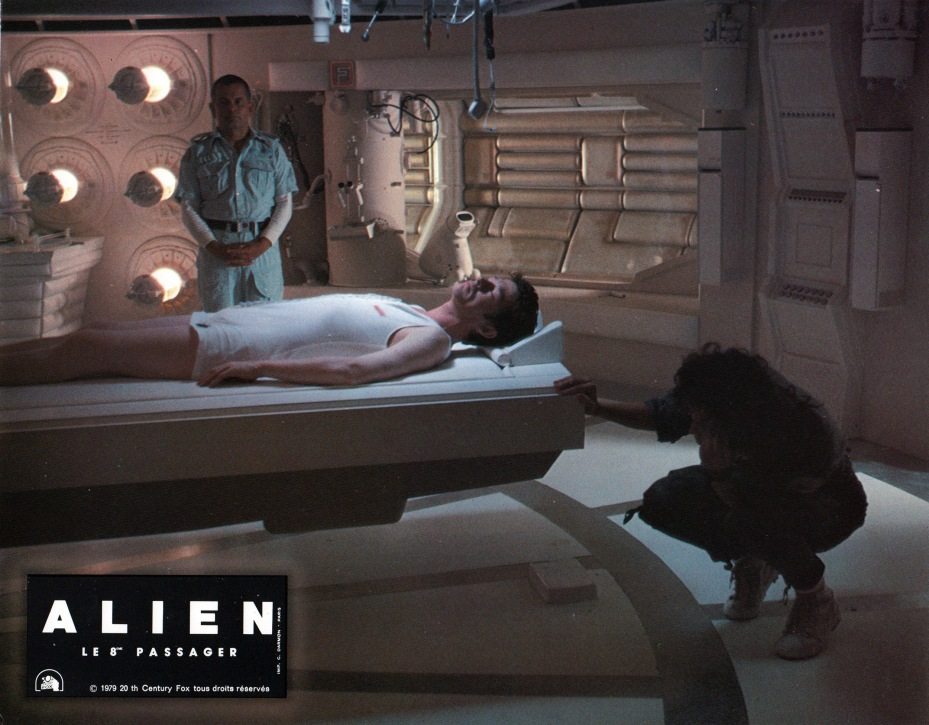 alien-france-12
