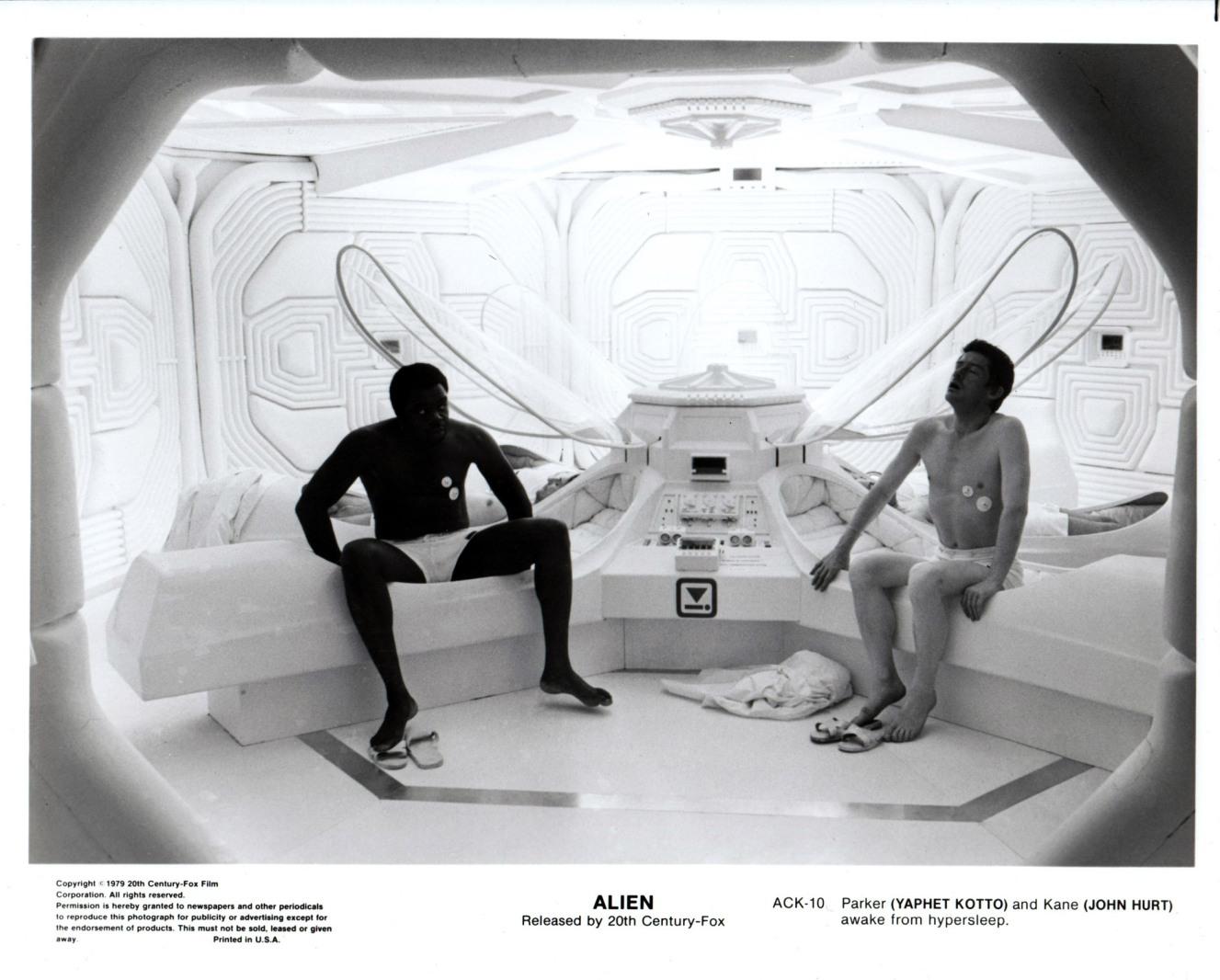 alien_usa-02