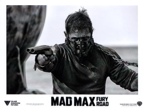 madmaxfuryroad-usa-01b
