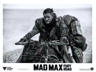madmaxfuryroad-usa-04b