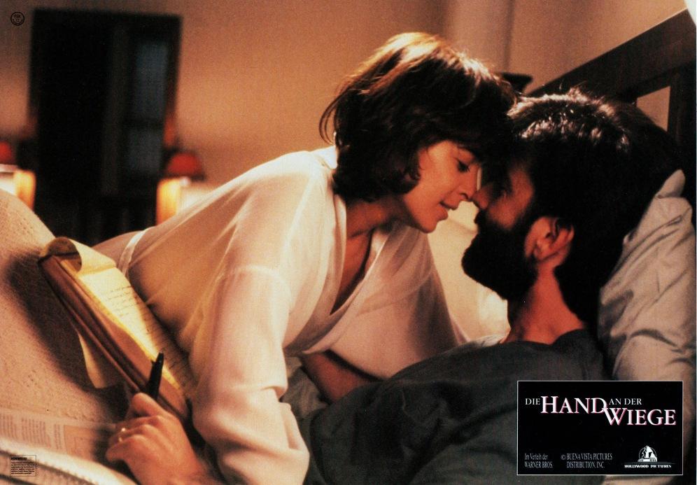 thehandthatrocksthecradle-germany-07